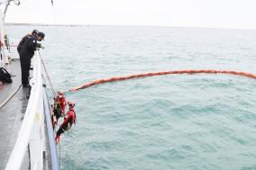 울진해경, 해양오염방지 긴급구난 훈련실시