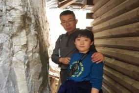 18세기(조선시대)초 강원도 울진현령 오적의 마애비, 응봉산에서 발견...영남학 제76호에 실려
